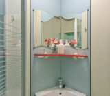 Fleur cabin bathroom
