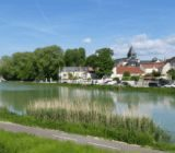 France Champagne Epernay Marne river x
