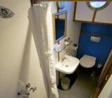 Mare fan Fryslân cabin bathroom