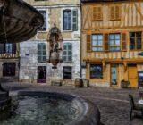 Auxerre center fountain